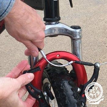 engage noodle into bike brake