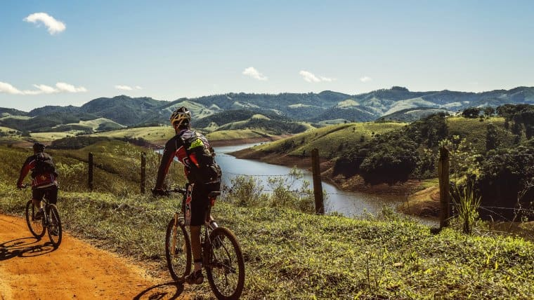 how to become a mountain bike guide